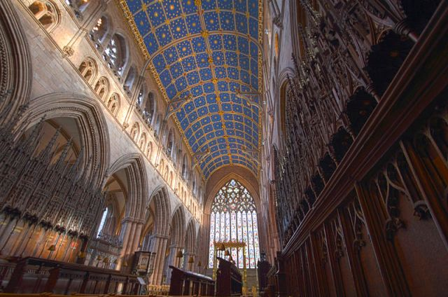 800px-Carlisle_Cathedral_HDR_(8194245572)